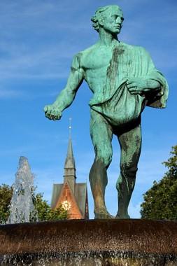 Duve- oder Sämannbrunnen (Foto: Detlef René Spanka)