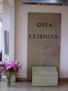 Grabplatte in der Neustädter Kirche