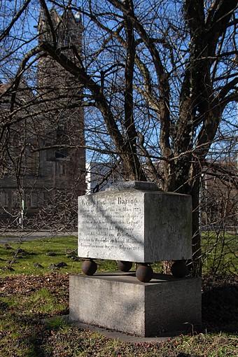 Grabstein des Freiherrn v. Baring (Foto: Detlef René Spanka)