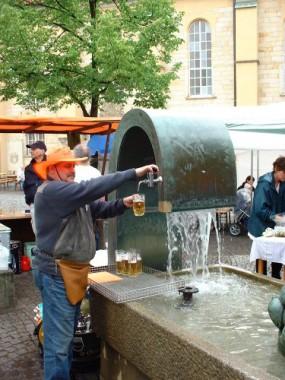 Tischbrunnen mit Bierleitung